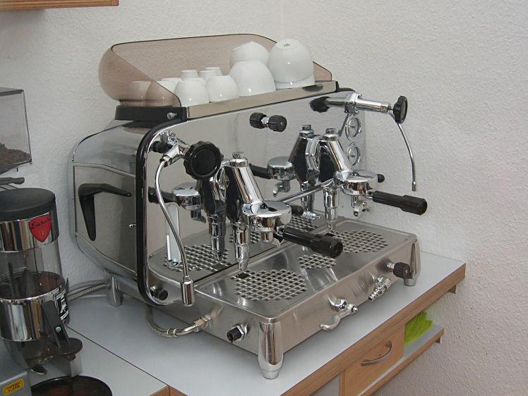 macchina-da-caff-C3-A8